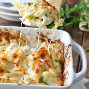 Baked Penne Alfredo with Cheese