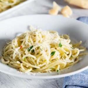 Spaghetti with Garlic Butter